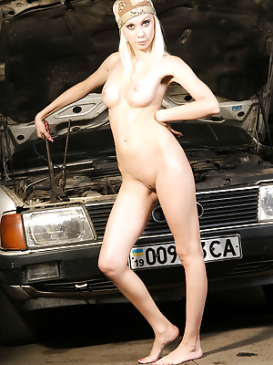 just-nude  Ira  Garage, Model, Older, Beautiful, Erotic, Softcore