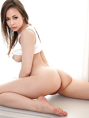 bcash4you  Darisha  Erotic, Softcore, Teens