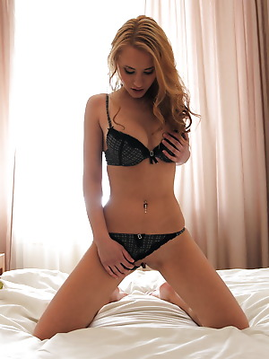 metartmoney  Monta A  Erotic, Softcore, Masturbation, Seduce
