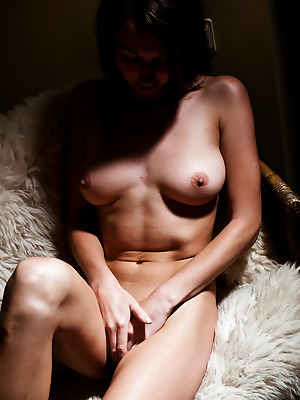 metartmoney  Beilija  Brunettes, Erotic, Softcore