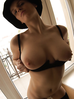metartmoney  Julia F  Breasts, Boobs, Latin, Softcore, Erotic, Tits, Ass