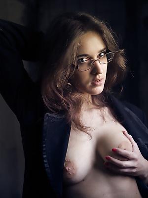 metartmoney  Emily J  Ass, Older, Softcore, Erotic
