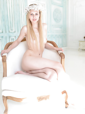 Money Cult  Nika  Teens, Pussy, Blondes, Beautiful, Park, Solo
