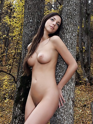 FemJoy  Malvina  Beautiful, Natural, Older, Model, Outdoor, backyard, Legs