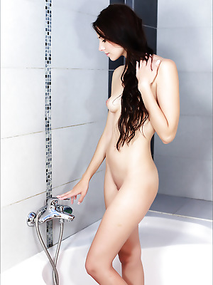 mplstudiocash  Vanessa A  Erotic, Softcore, Bath, Shower